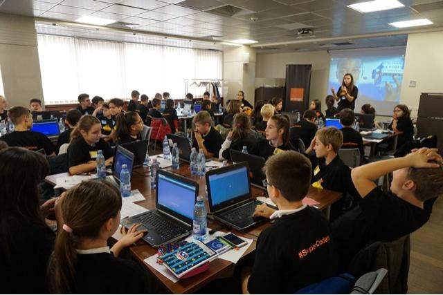 SuperCoders, concursul care pregătește viitorii programatori