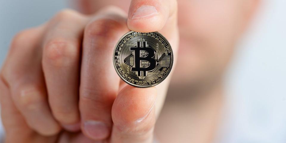 XTB România: Nou maxim istoric pentru Bitcoin, o nouă bulă speculativă?