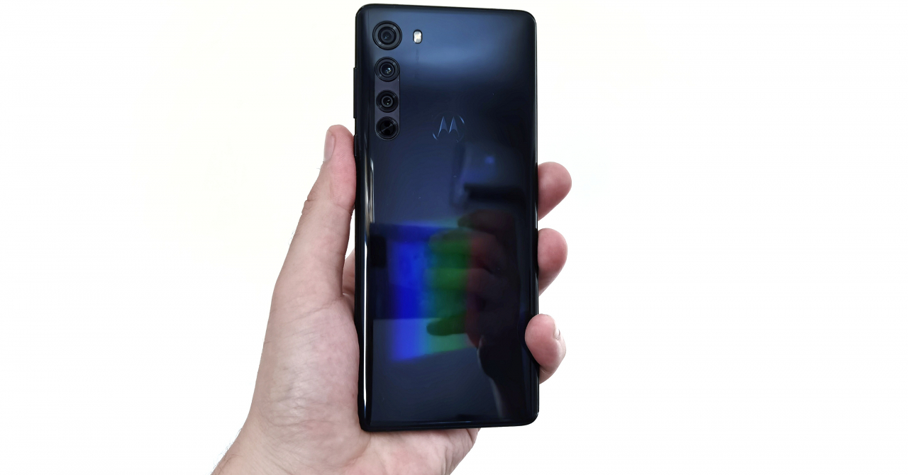 Review Motorola edge: Funcții de top la preț corect