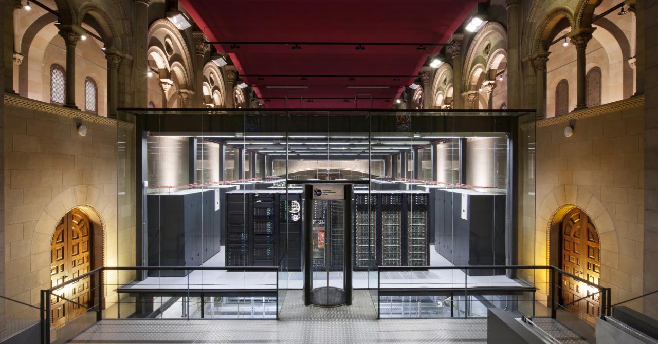 Lenovo a creat cel mai mare supercomputer cu tehnologie Intel