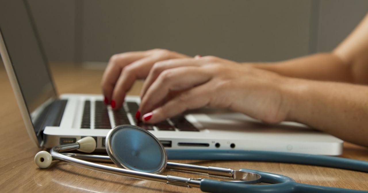 Dashboard care planifică și prezice solicitările de dispozitive medicale