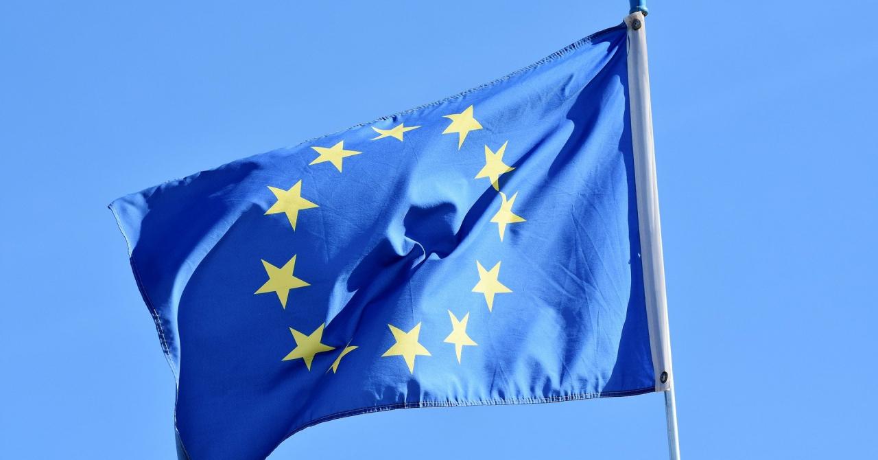 Comisia Europeană a stabilit în ce situații va fi interzisă inteligența artificială