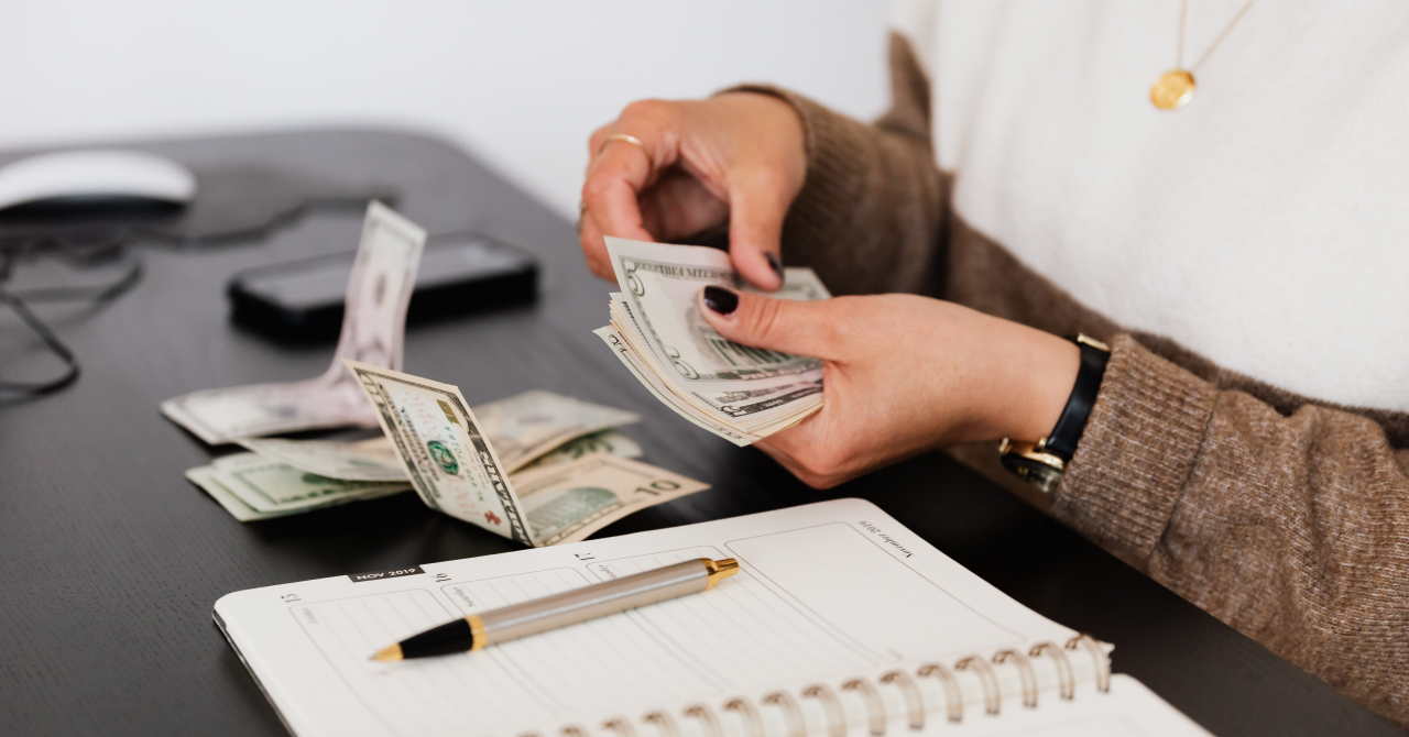 Cinci mituri despre finanțările prin Factoring Revers