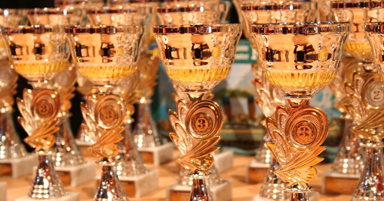 Competiție Elevating Ideas: 50.000 de lire și o călătorie la Londra