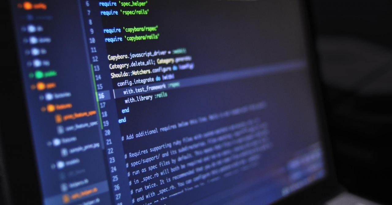 Coronavirus   Cum ajută românii de la Softbinator studenții prin cursuri online