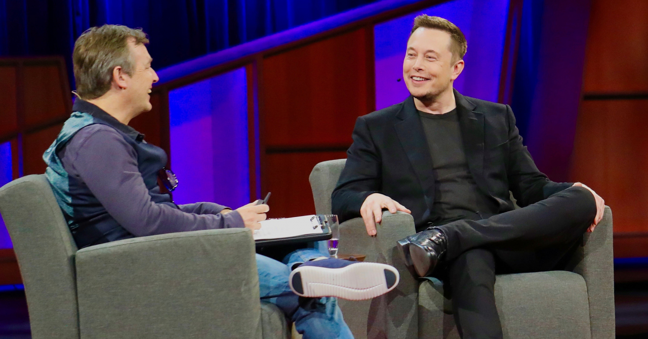 Elon Musk despre cel mai greu an și cum stă 4 zile în fabrică