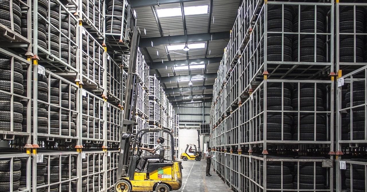 Colliers: Evoluția spațiilor industriale și logistice în România până în 2020