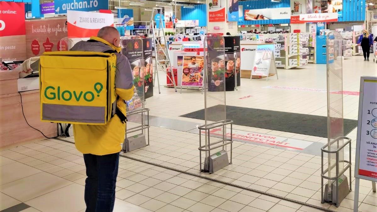 Auchan se extinde și pe Glovo, după parteneriatul național cu foodpanda