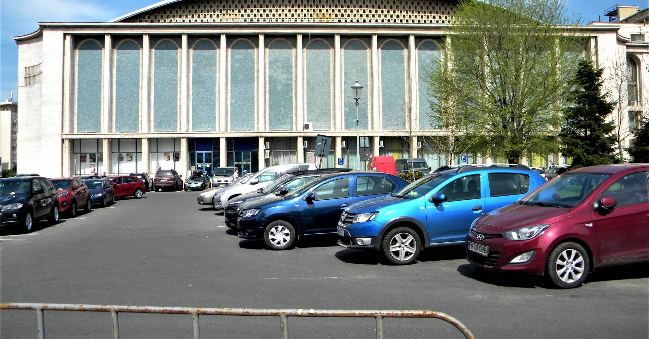 Parcările publice din România: 1,2 mil. de locuri la 7 milioane de autovehicule
