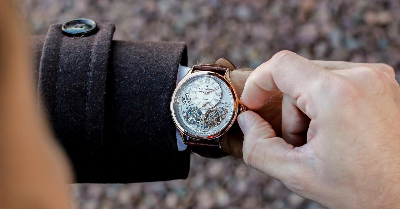 5 ceasuri bărbătești ieftine, dar elegante