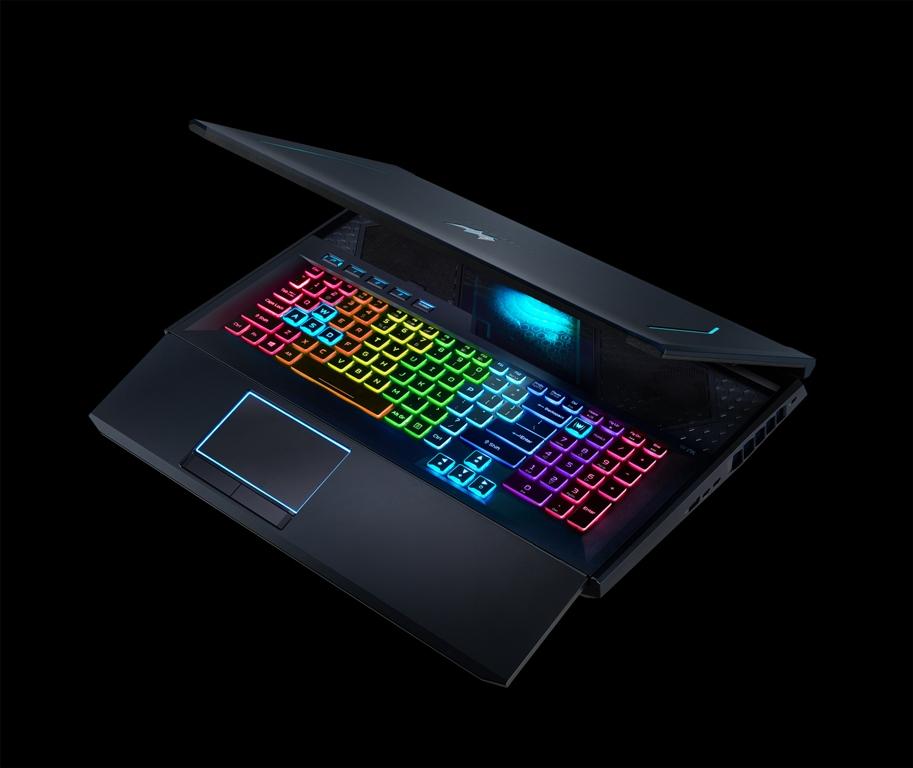 Acer Predator Helios 700 e un gaming de laptop cu o tastatură specială