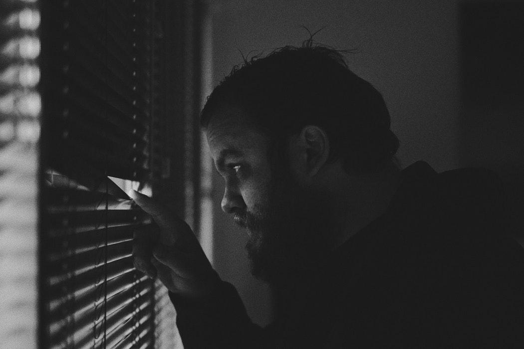 Facebook îi plătește pe adolescenți ca să-i spioneze