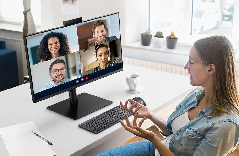 Samsung Webcam Monitor - display-ul pentru mediul de lucru hibrid