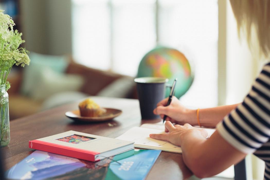 Idei de afaceri mici – ce poți începe în studenție