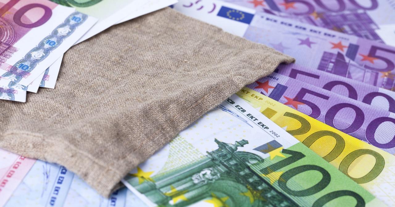 Microgranturi de 2.000 de euro pentru IMM-uri, înscrieri din 12 octombrie