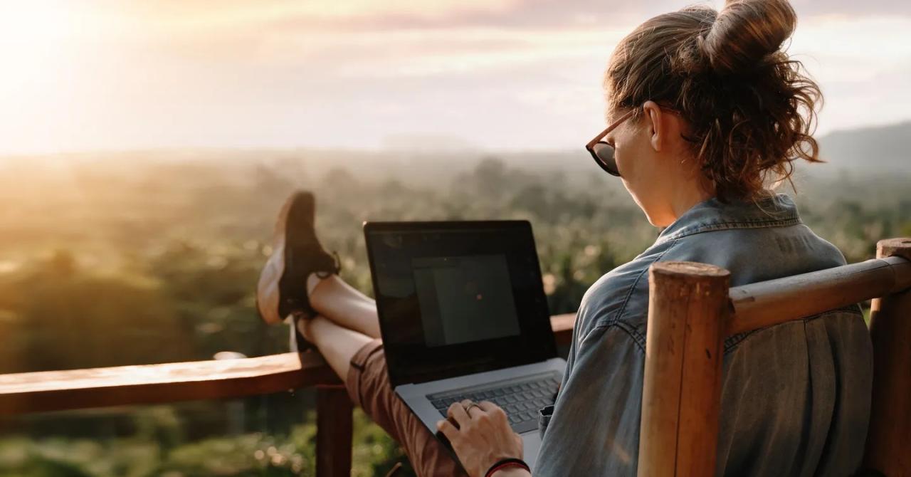 Companiile cu angajați care folosesc tehnologii digitale obțin venituri mai mari