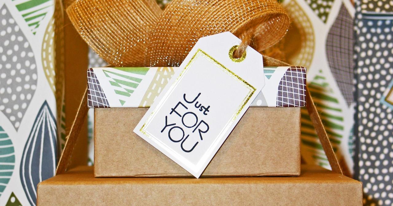 COVID-19 aduce și beneficii. Firmele oferă mai multe carduri cadou angajaților