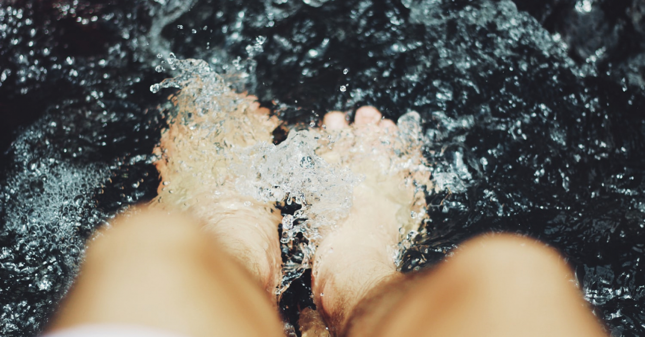 eMAG Black Friday: reduceri la aparate de masaj pentru momente relaxante