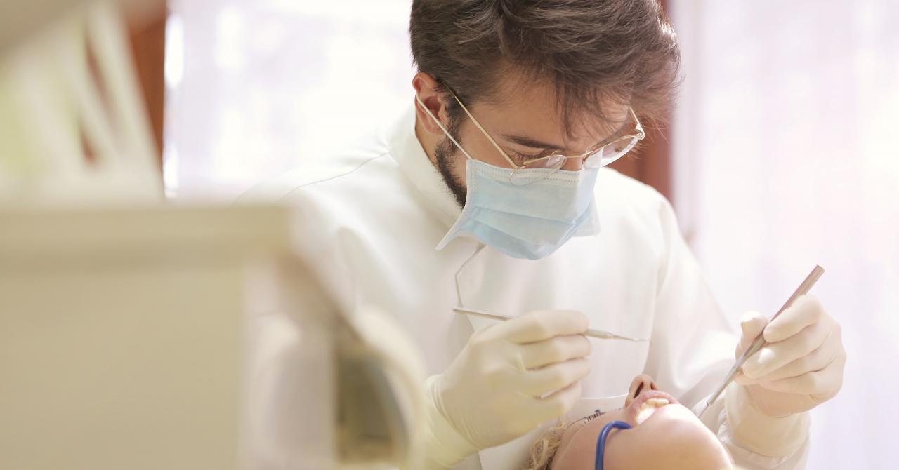 IziDoc, startup-ul românesc care permite firmelor să facă abonamente la dentist