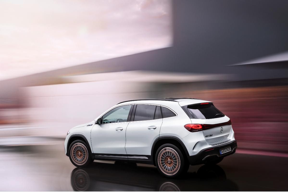 Mercedes a lansat noul EQA, un model entry-level 100% electric
