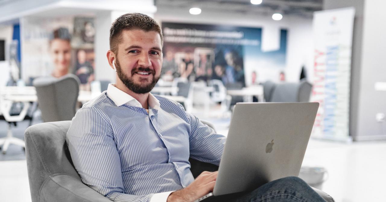 Startup-ul clujean de rezervări Bookr țintește 120.000 de euro investiție