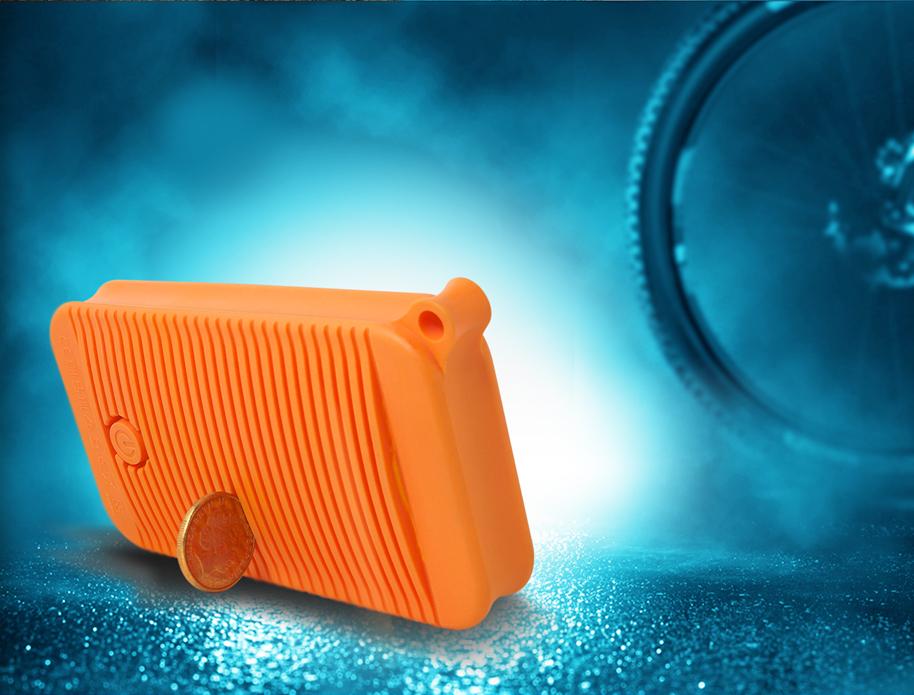 ADATA D8000L este un gadget perfect pentru camping