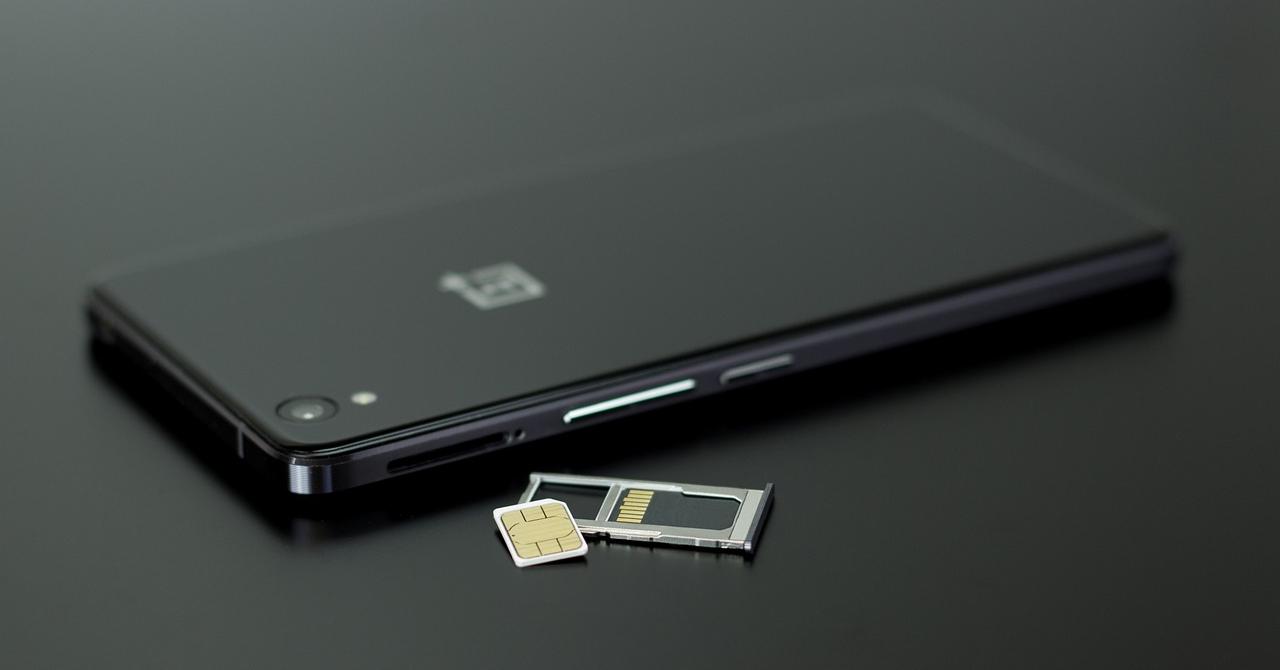 """""""Credit"""" pentru credit: Pe Vodafone prepay stai pe net și fără date"""
