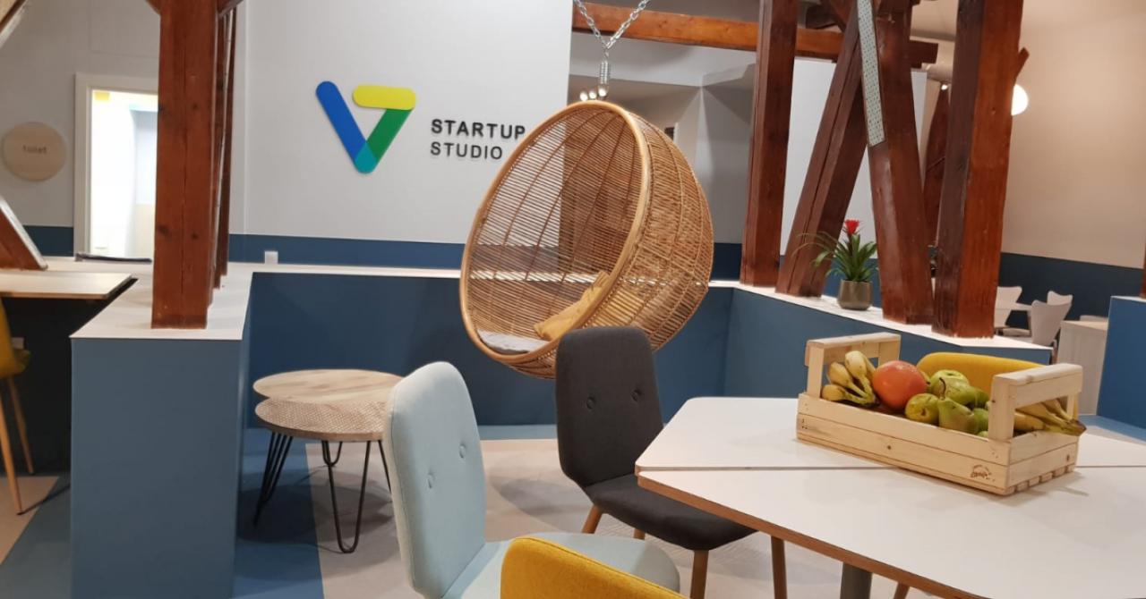V7 Startup Studio: cât costă abonamentele în spațiul de coworking