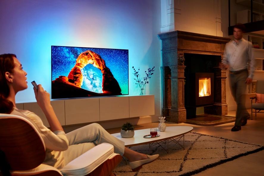 Televizoare Philips - Patru noi modele cu Ambilight în 2018
