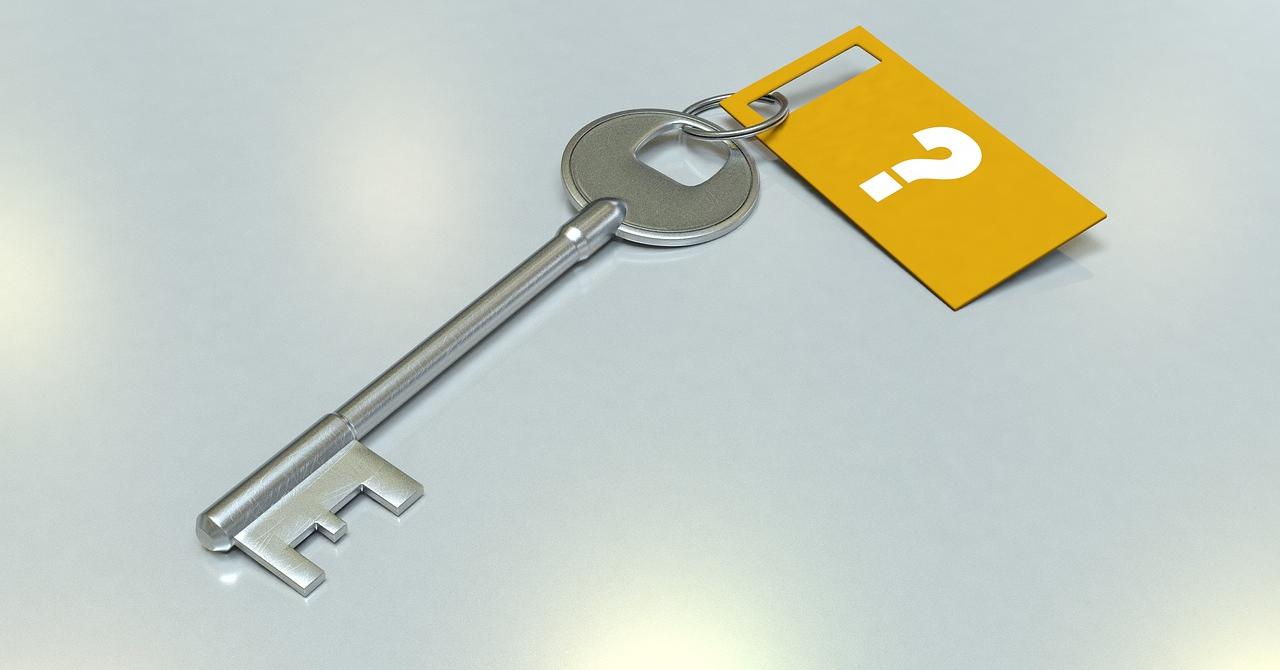 Cum pui parolă unui folder în Windows 10: două moduri în care te aperi