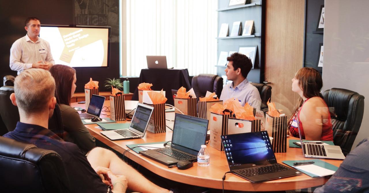Transformarea digitală, prioritatea numărul 1 pentru managerii din România