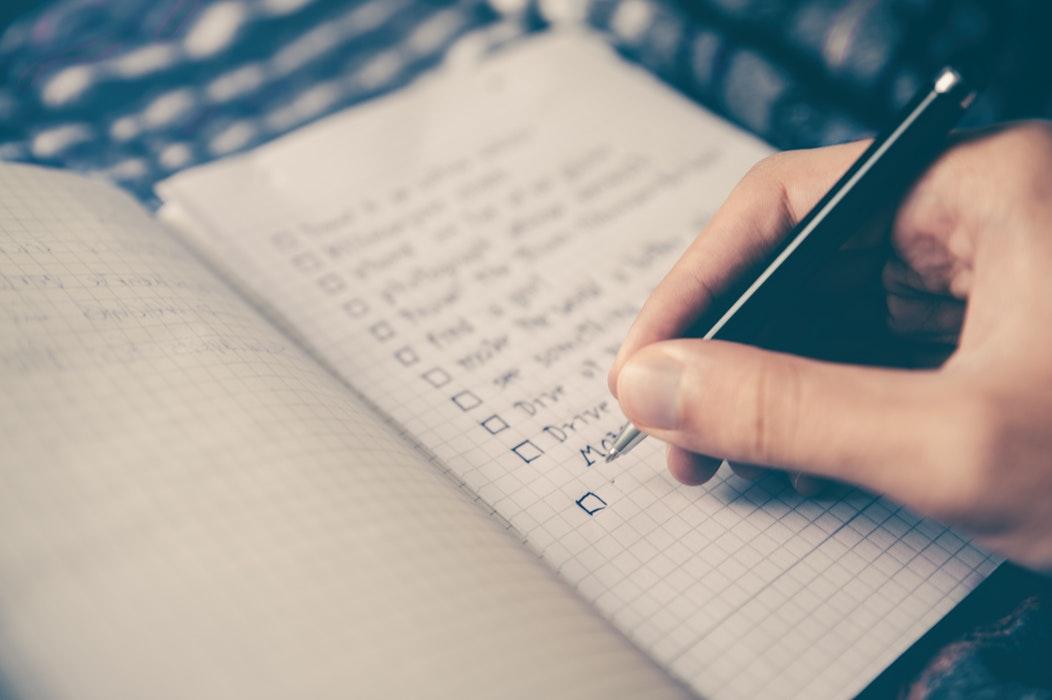 Opt lucruri pe care să le știi înainte de a lansa o afacere
