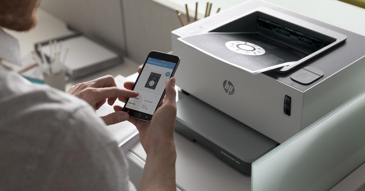 HP lansează prima imprimantă laser din lume cu rezervor reîncărcabil de toner