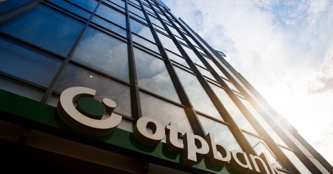 Octavian, noul chatbot al OTP Bank, oferă informații utile clienților băncii