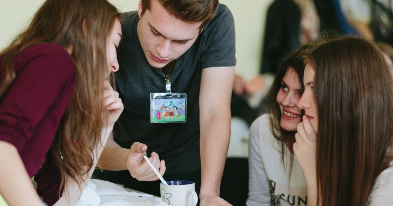 Cei 4.000: eleviiromâni care construiesc proiecte ce salvează planeta