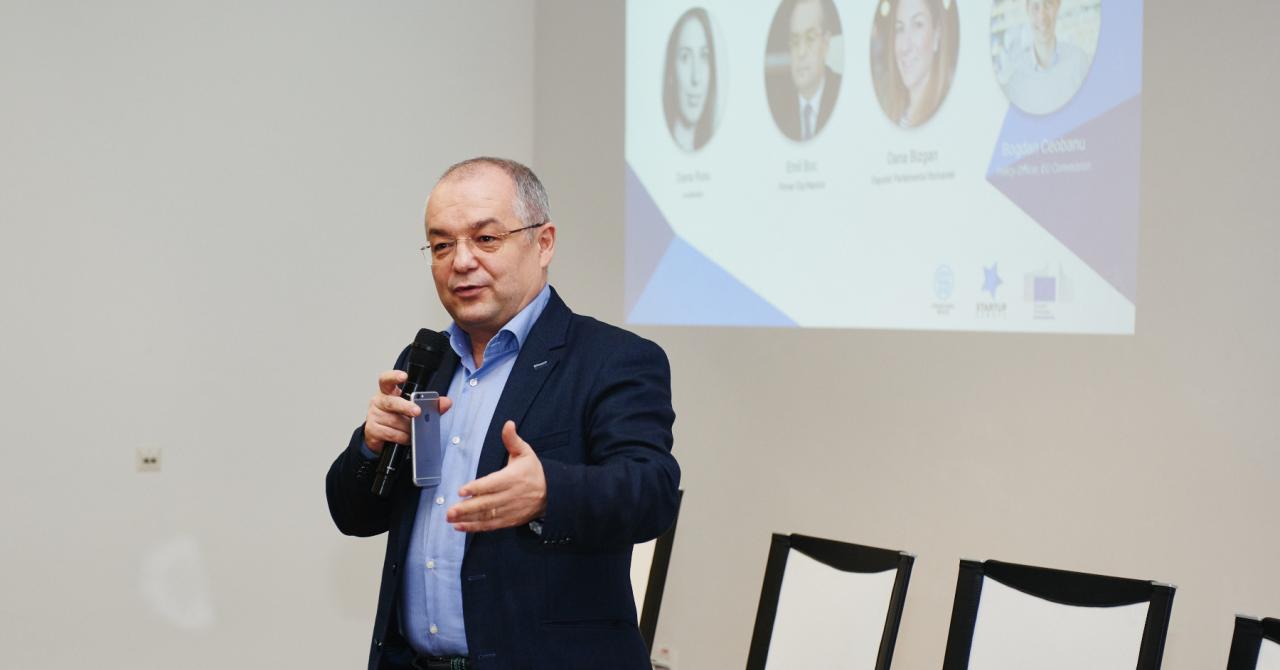 Emil Boc vrea primul funcționar public virtual în Cluj