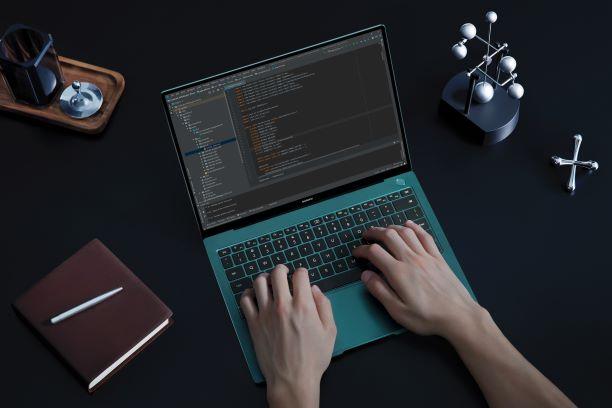 HUAWEI MateBook X Pro: Laptop premium cu procesor de ultimă generație
