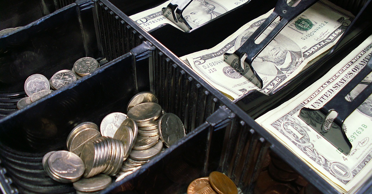 6 reguli simple privind casa și banca