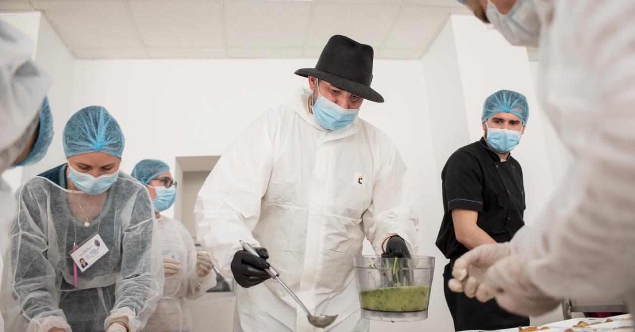 Chef Adi Hădean și Solidar Social, 30.000 de porții de mâncare pentru eroi