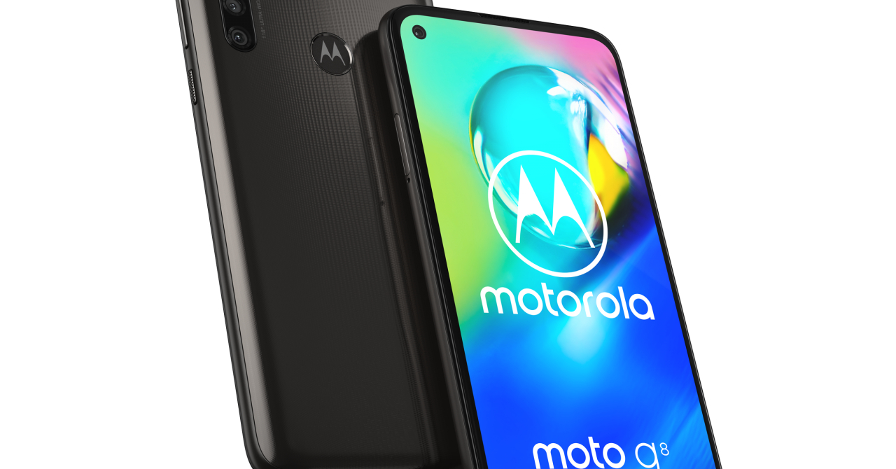 Smartphone ieftin și bun: Motorola G8 Power, disponibil în România