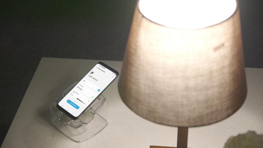 Cum poți să transformi telefoanele vechi în camere de bebeluși sau senzori în casă