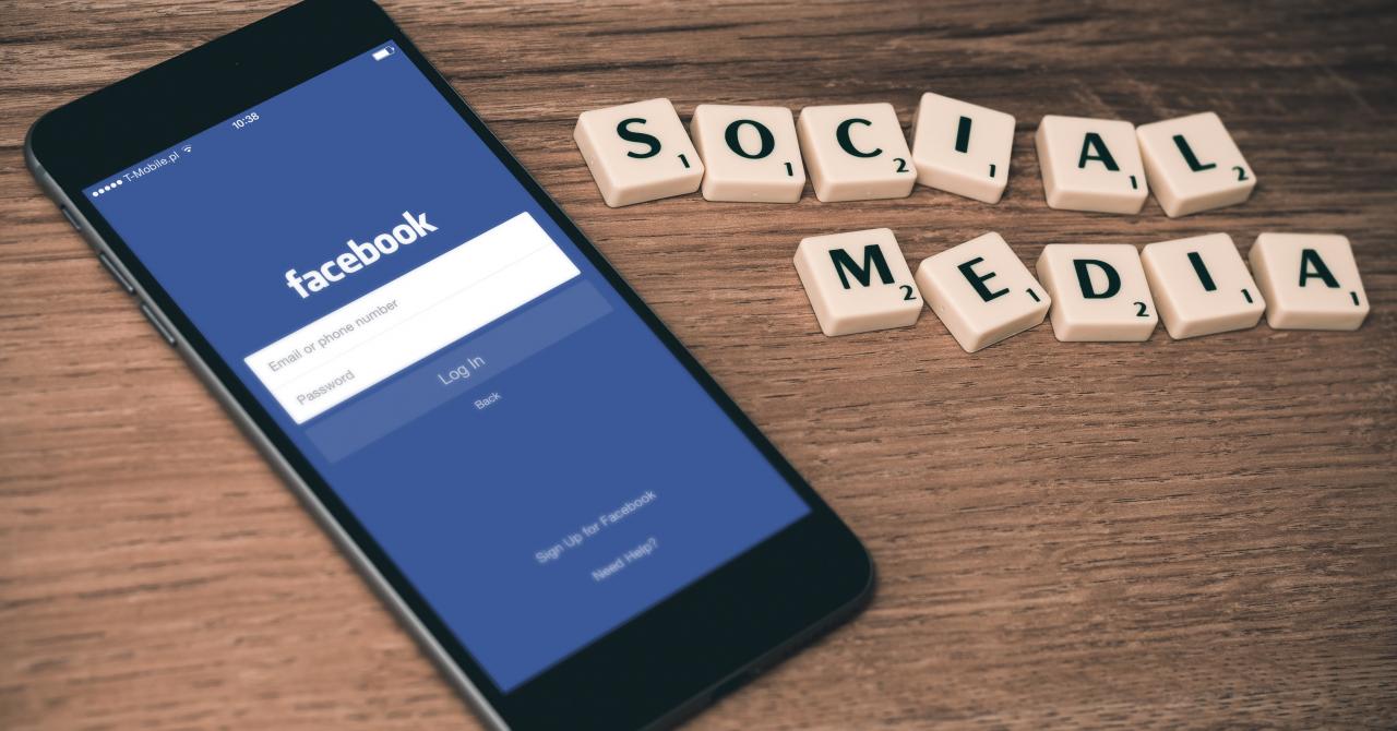 Schimbări la Facebook: vom ști cine plătește reclamele politice