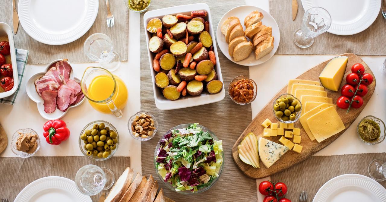 Ce au comandat românii de mâncare în 2020? Topul mâncărurilor preferate