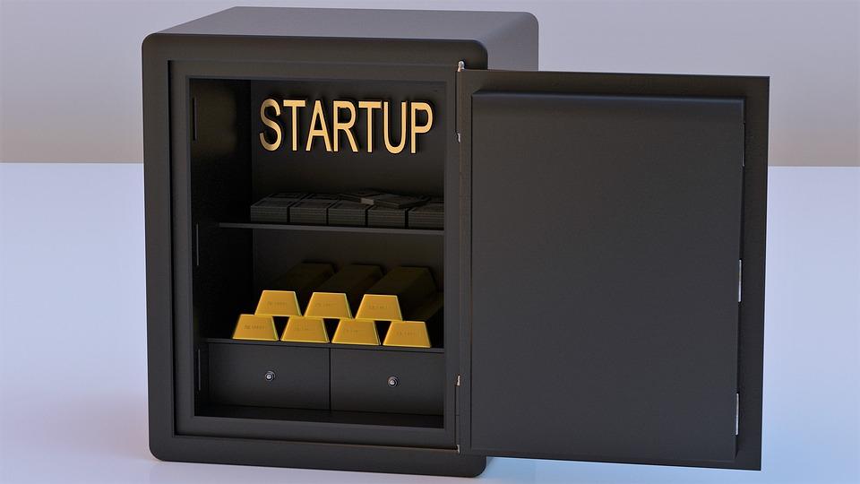 CEC Bank lansează pachetul Start-Up IMM
