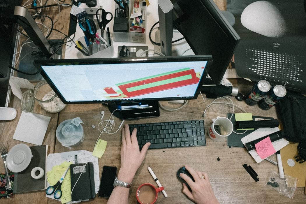 Românul care leagă IMM-urile cu freelancerii: caut-expert.org