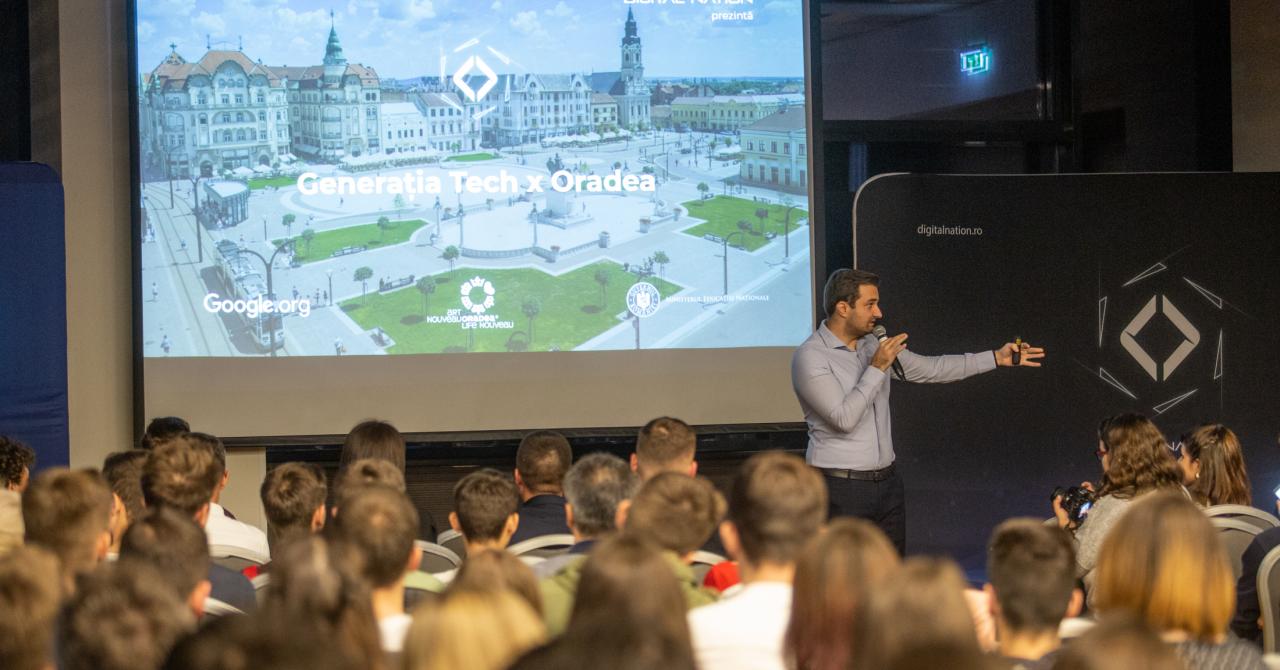 Peste 450 de tineri înscriși în programul Generația Tech Oradea