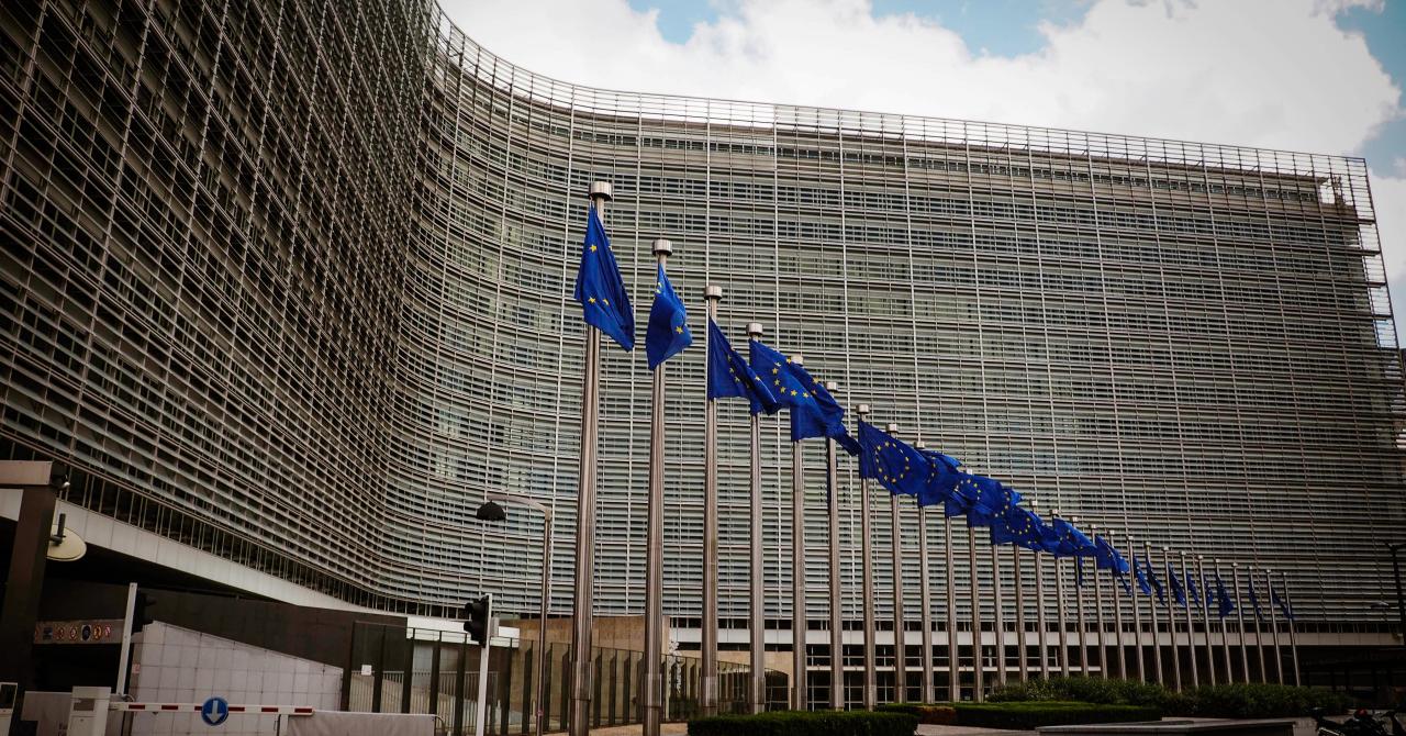 Uniunea Europeană oferă 100.000 de euro pentru dezvoltarea de aplicații
