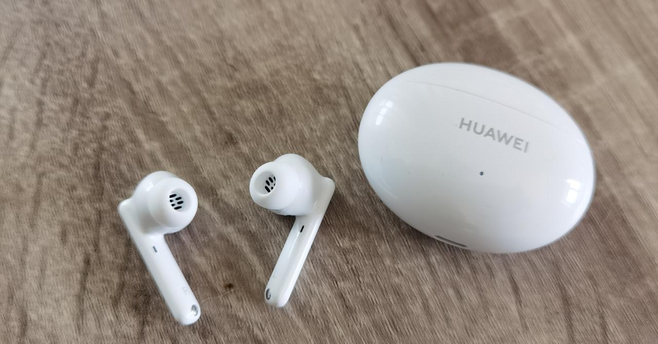 HUAWEI FreeBuds 4i, primele impresii: Design excelent, preț imbatabil