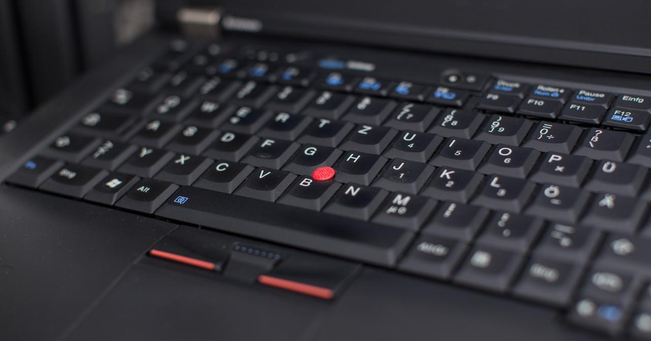 eMAG Black Friday 2017 - Laptopuri la reducere