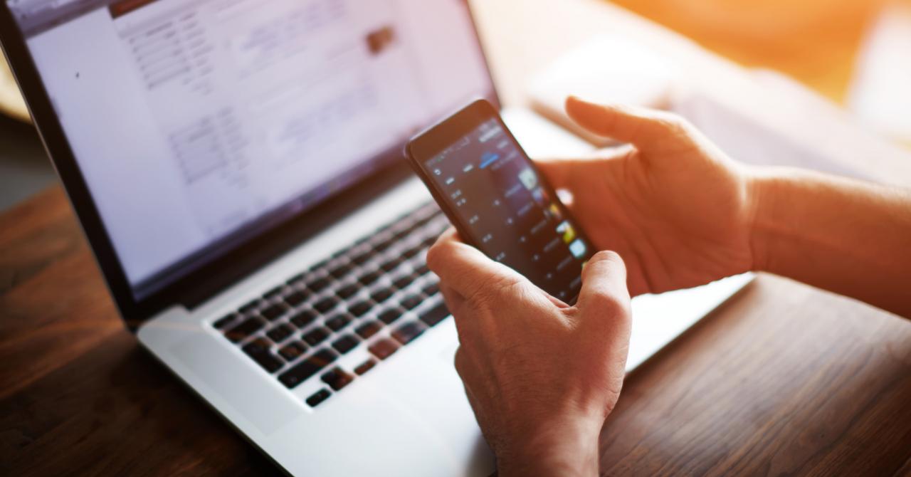 România, țara cu cele mai rapide site-uri mobile. Ce facem pe telefon
